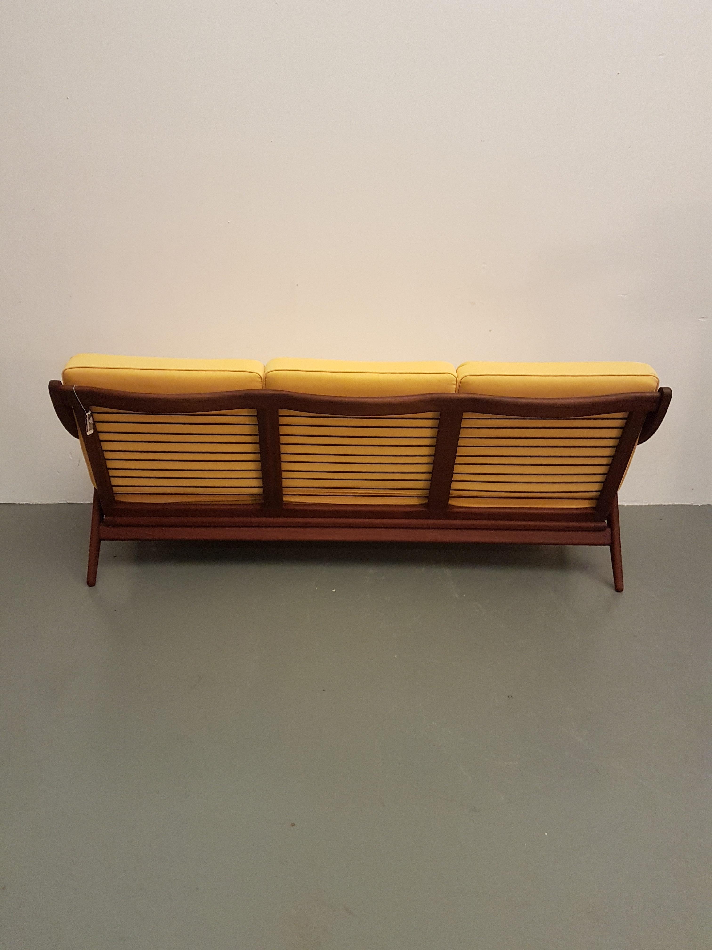 Incredible Mid Century 3 Seats Teak Sofa From De Ster Gelderland Unemploymentrelief Wooden Chair Designs For Living Room Unemploymentrelieforg