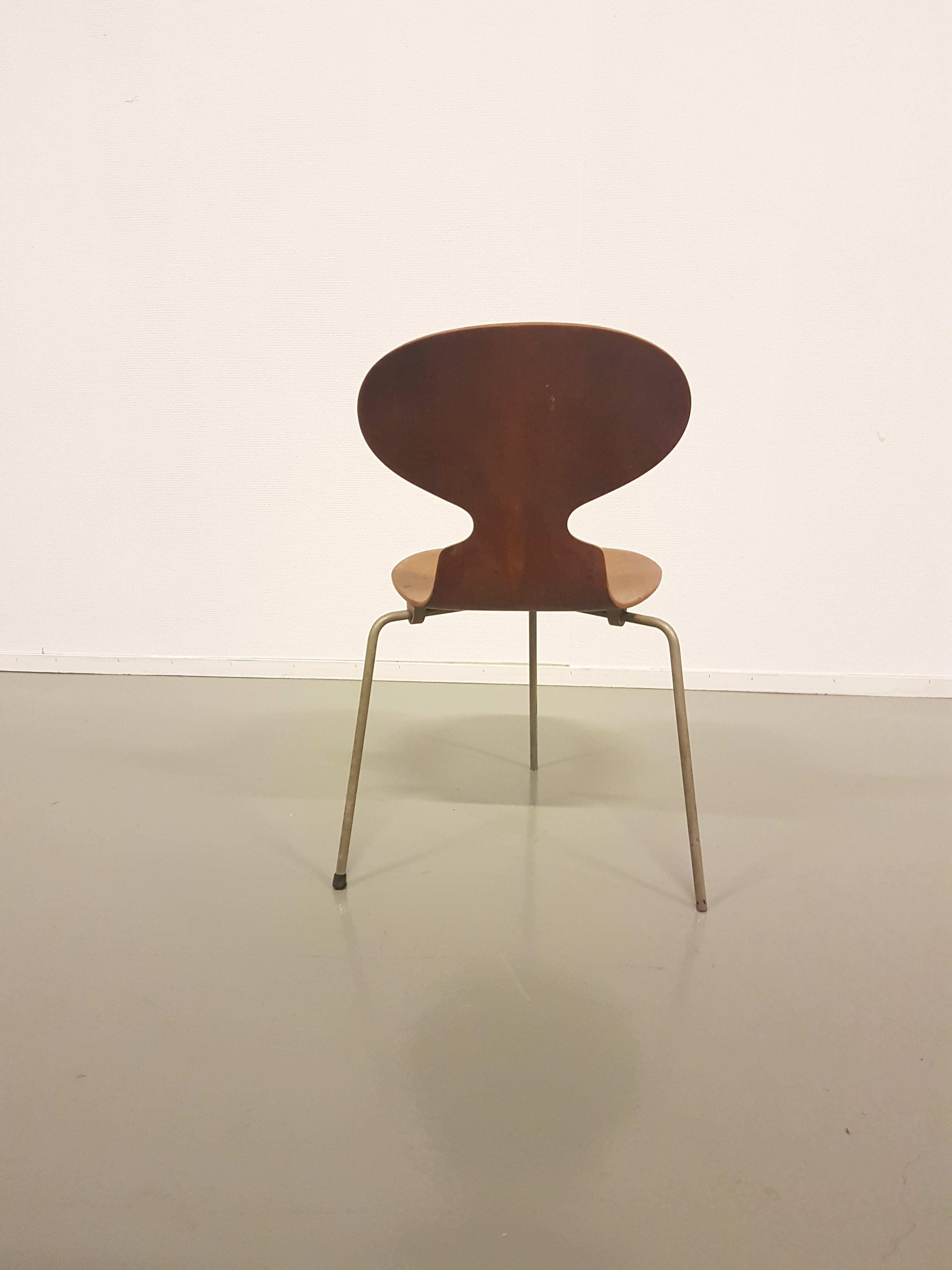 fritz hansen ant chair jacobsen arne set of five ant rosewood chairs fritz hansen denmark img. Black Bedroom Furniture Sets. Home Design Ideas