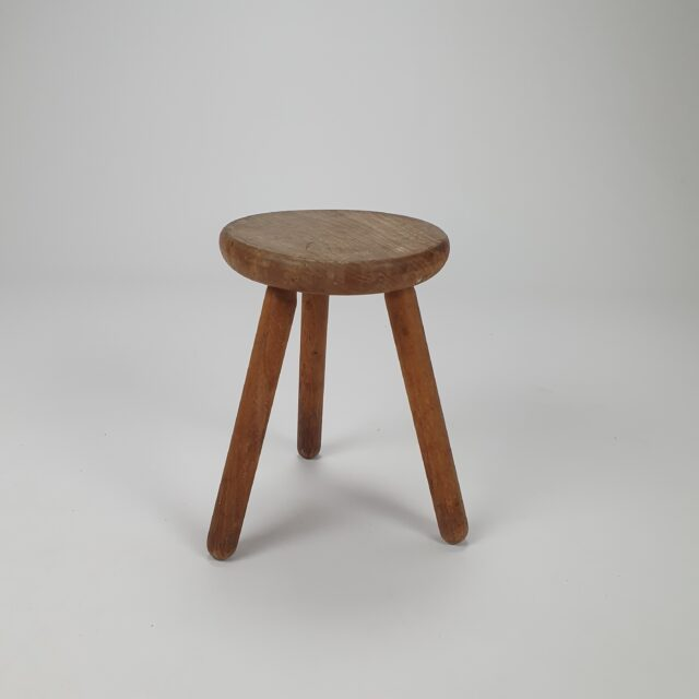oak tripod stool