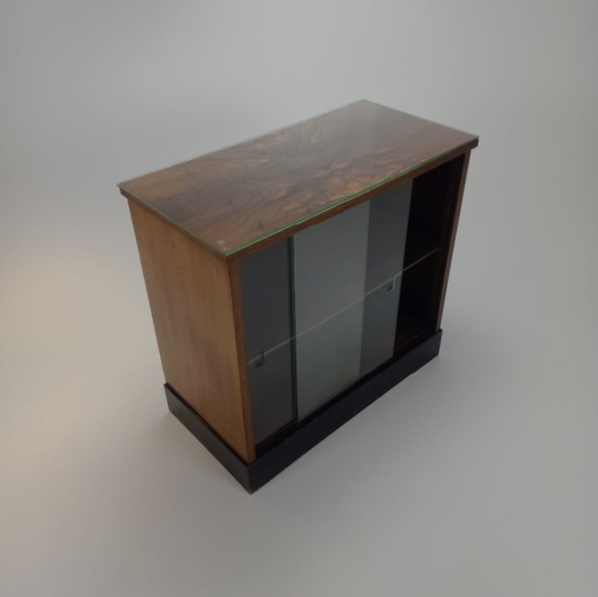 H. Pander and Sons Art Deco Small Showcase Cabinet, 1920s